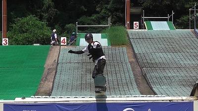 スノーボード ジャンプ.jpg